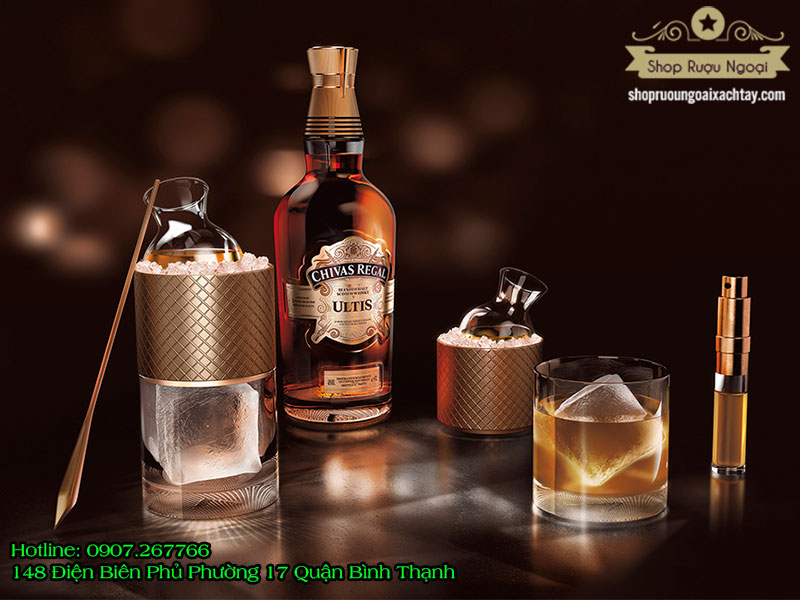Rượu Chivas Regal Ultis