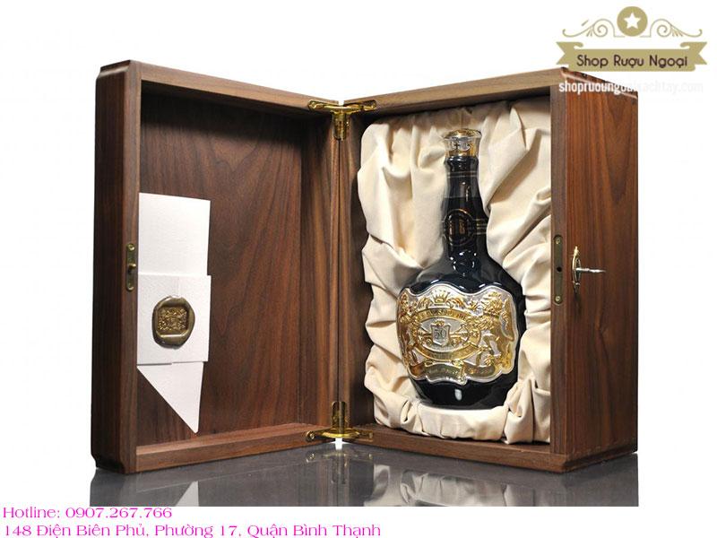 Rượu Chivas 50 năm
